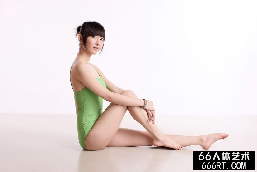 裸模晨宇10年3月18日室拍体操艺术_两口自拍18p