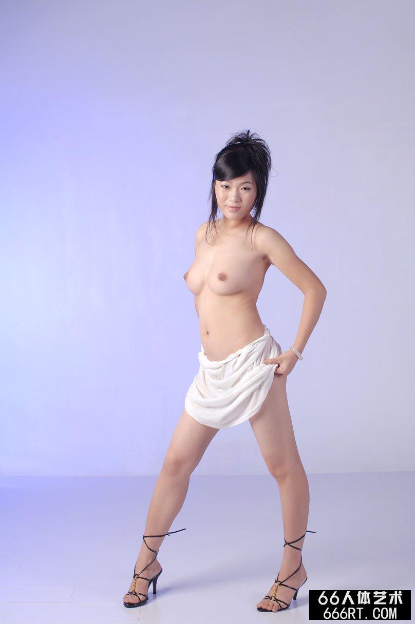 丰腴丰润的少女可可室拍棚拍套图