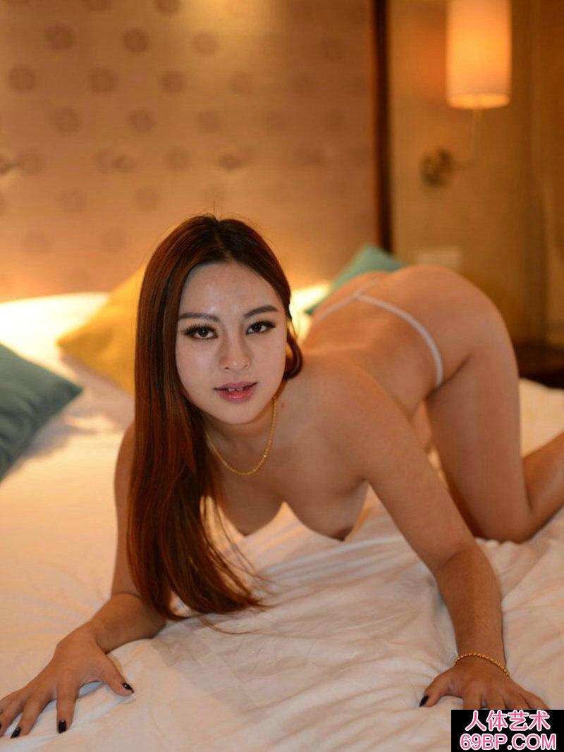 珠�A玉�c的�S腴��模�酐�酒店私人拍摄_西西人体WWW大胆高清视频