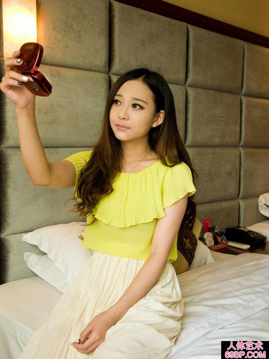 拥有一头秀发的香艳美人小妖私房照片,东方人体艺术bt