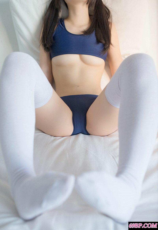 妖娆的微博网红大尺度内裤摄影艺术