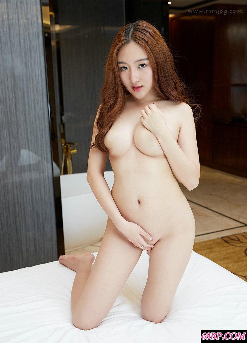 个高丰腴的妹子智媛妩媚全裸人体艺术
