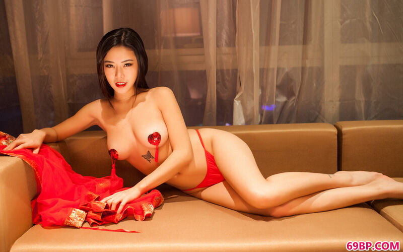 大美人luvian火红且火爆内裤秀