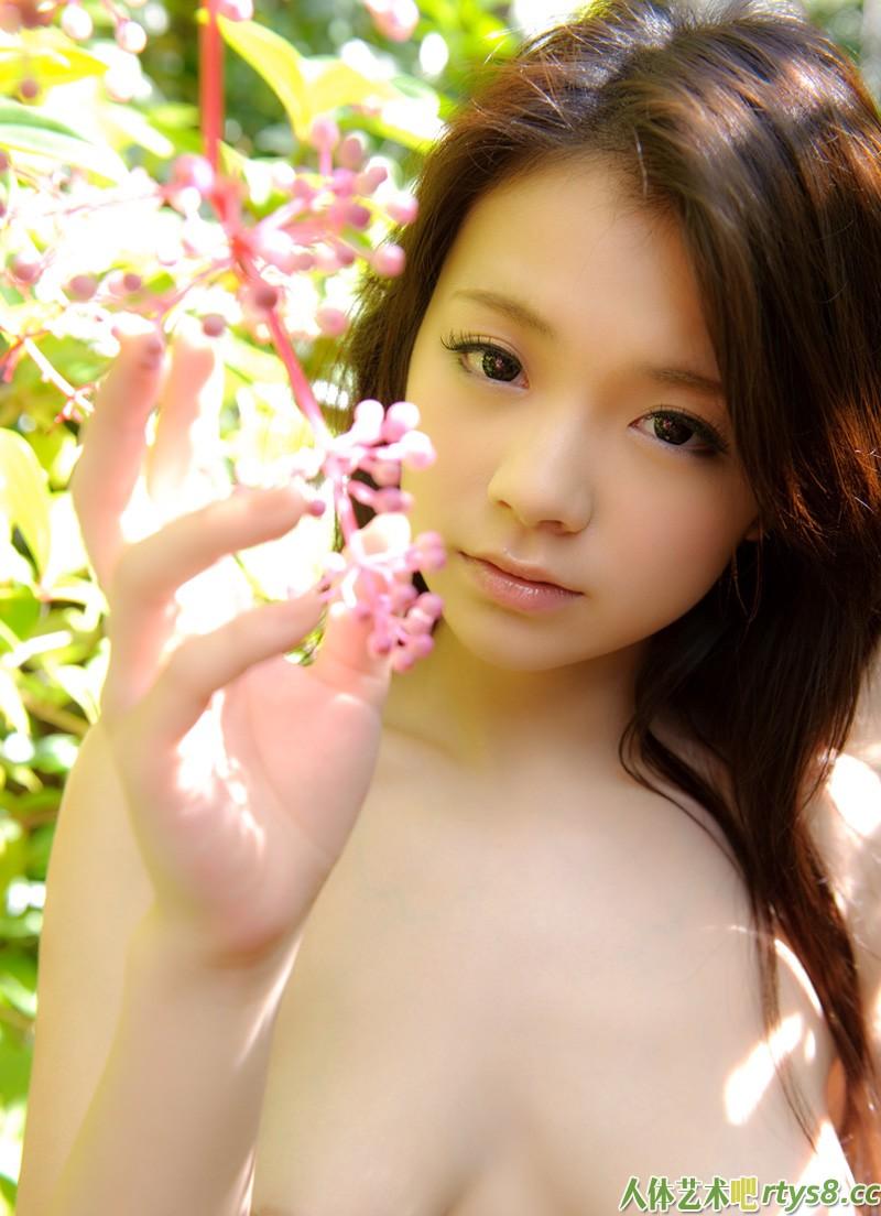 可爱靓妹�Q田かな人体摄影